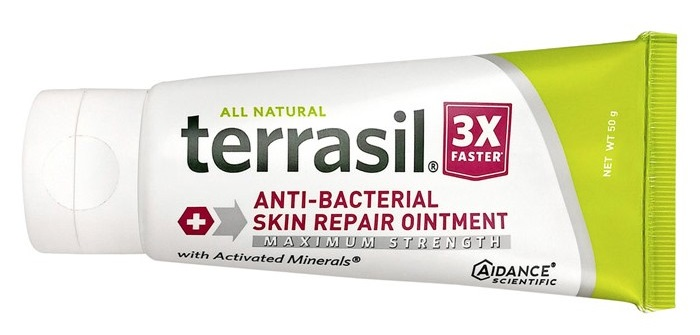 Mineral oil for anal fissure